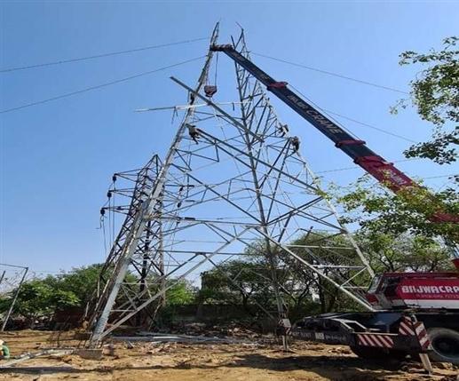 Jalandhar Power Cut News : ਜਲੰਧਰ ਦੇ ਇਨ੍ਹਾਂ ਇਲਾਕਿਆਂ 'ਚ ਲੱਗੇਗਾ ਲੰਬਾ ਪਾਵਰਕੱਟ, ਰਾਤ ਨੂੰ ਵੀ ਰਹੇਗਾ ਬਲੈਕਆਊਟ