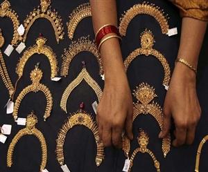 Gold Price Today: ਸੋਨੇ ਦੇ ਭਾਅ 'ਚ ਗਿਰਾਵਟ, ਚਾਂਦੀ ਦੀ ਕੀਮਤ ਵੀ ਹੋਈ ਘੱਟ, ਜਾਣੋ ਕੀ ਹੈ ਰੇਟ