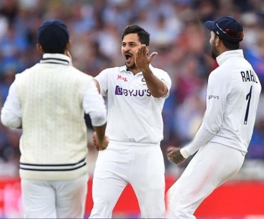 Criticism of Virat Kohli for taking the wicket of the most dangerous batsman