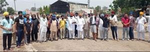 Farmer's Protest : ਕਿਸਾਨਾਂ ਨੇ ਸ਼ੂਗਰ ਮਿੱਲ 'ਚ ਕੰਮ ਕਰਵਾਇਆ ਬੰਦ