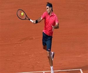 French Open : ਰੋਜਰ ਫੈਡਰਰ ਸੰਘਰਸ਼ ਤੋਂ ਬਾਅਦ ਅੱਗੇ ਵਧੇ, ਸਵਿਟਜ਼ਰਲੈਂਡ ਦੇ ਦਿੱਗਜ ਨੇ ਬਣਾਈ ਚੌਥੇ ਦੌਰ 'ਚ ਥਾਂ