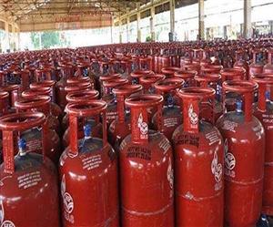 85 ਫੀਸਦੀ ਪਰਿਵਾਰਾਂ ਦੇ ਕੋਲ ਪਹੁੰਚਿਆ LPG ਕੁਨੈਕਸ਼ਨ, 15 ਫੀਸਦੀ ਕੋਲ ਅਜੇ ਵੀ ਨਹੀਂ ਹੈ LPG ਦੀ ਸਹੂਲਤ : CEEW