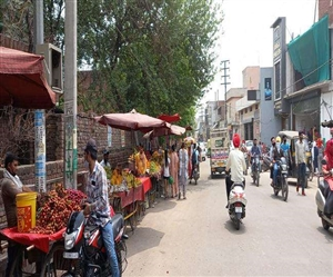 Lockdown in Ludhiana : ਲੁਧਿਆਣਾ 'ਚ 62 ਘੰਟਿਆਂ ਦੇ ਕਰਫਿਊ ਤੋਂ ਬਾਅਦ ਖੁੱਲ੍ਹੇ ਬਾਜ਼ਾਰ, ਲੋਕ ਖਰੀਦਦਾਰੀ 'ਚ ਜੁਟੇ