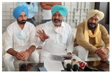 Captain Sarkar fails miserably to control Corona Cheema