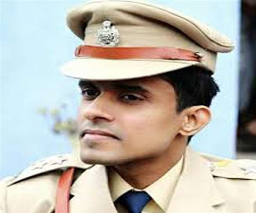 ssr death case ips vinay tiwari accuses mumbai police