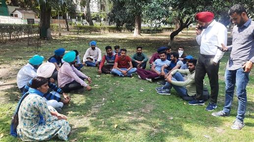 Unemployed ETT Tate Pass teacher besieges Moti Mahal today