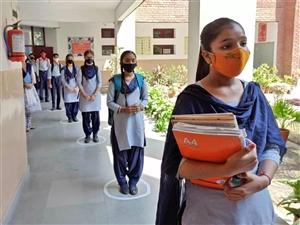 School Reopening : ਸਕੂਲੇ ਪੱੁਜੇ ਬਾਲ ਵਿੱਦਿਆ ਮੰਦਰ ਹੋਏ ਗੁਲਜ਼ਾਰ