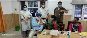 ਜ਼ਿਲ੍ਹਾ ਕਚਹਿਰੀ 'ਚ 150 ਵਿਅਕਤੀਆਂ ਨੇ ਲਗਵਾਈ ਵੈਕਸੀਨ