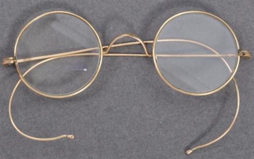 Spectacles believed to be worn by Gandhi emerge at UK auction