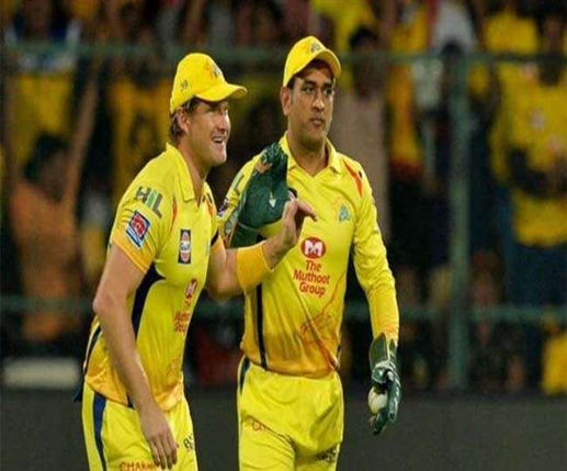 MS Dhoni can play cricket in 40s says Shane Watson