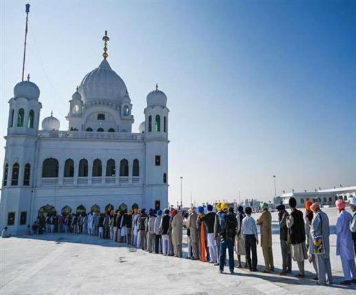 815 Indian Sikhs arrive in Pakistan to celebrate Baisakhi