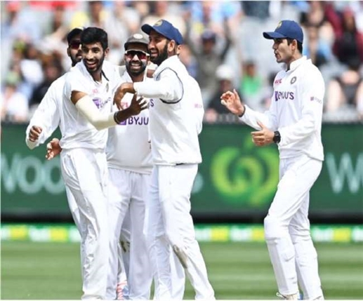 India dominate Test rankings team gains two places