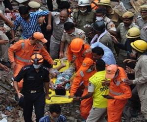 Delhi Buildings Collapse : ਮਲਬੇ ਹੇਠ ਆ ਕੇ 2 ਬੱਚਿਆਂ ਸਮੇਤ ਮਾਂ ਦੀ ਮੌਤ, ਟਿਊਸ਼ਨ ਤੋਂ ਵਾਪਸ ਘਰ ਆਉਂਦੇ ਸਮੇਂ ਵਾਪਰਿਆ ਹਾਦਸਾ