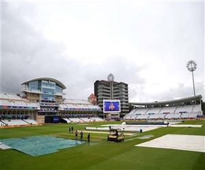 India vs New Zealand ICC world cup 2019 Live Score: ਰੁਕ-ਰੁਕ ਹੋ ਰਹੀ ਹੈ ਬਾਰਿਸ਼, ਸ਼ਾਮ ਛੇ ਵਜੇ ਕੀਤਾ ਜਾਵੇਗਾ ਮੈਦਾਨ ਦਾ ਨਿਰੀਖਣ