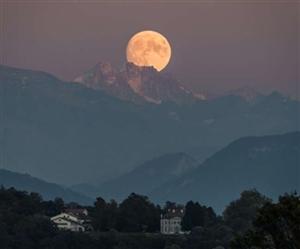 Full Harvest Moon : ਦੁਰਲੱਭ ਸੰਯੋਗ! ਅੱਜ ਅਜਿਹਾ ਨਜ਼ਰ ਆਵੇਗਾ ਚੰਦਰਮਾ, 90 ਕਰੋੜ ਡਾਲਰ ਦਾ ਹੋ ਸਕਦੈ ਨੁਕਸਾਨ