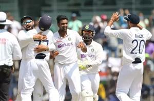 Eng vs Ind 2nd Test: ਭਾਰਤ ਨੇ ਕੱਸਿਆ ਸ਼ਿਕੰਜਾ, ਮਹਿਮਾਨ ਟੀਮ ਪਹਿਲੀ ਪਾਰੀ 'ਚ ਸਿਰਫ਼ 134 ਦੌੜਾਂ 'ਤੇ ਸਿਮਟੀ