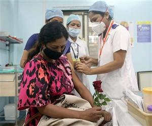 Covid-19 Vaccination: ਭਾਰਤ 'ਚ ਰਫ਼ਤਾਰ ਫੜ ਰਹੀ ਟੀਕਾਕਰਨ ਮੁਹਿੰਮ, ਹੁਣ ਤਕ ਦਿੱਤੀ ਜਾ ਚੁੱਕੀ ਹੈ ਕਰੀਬ 3 ਕਰੋੜ ਡੋਜ਼
