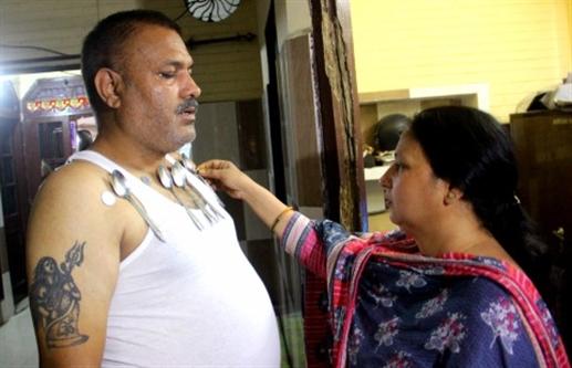 Magnetic man also appeared in Jalandhar