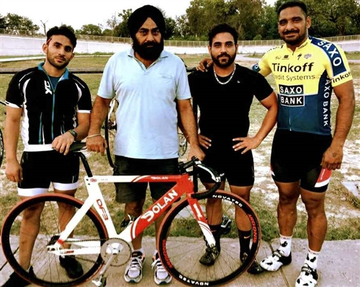 Bhoma family dedicated to cycling sport