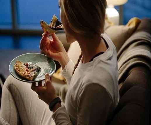 Foods to Avoid Before Bed : ਰਾਤ ਨੂੰ ਚੰਗੀ ਨੀਂਦ ਸੋਣਾ ਚਾਹੁੰਦੇ ਹੋ ਤਾਂ ਡਾਈਟ 'ਚੋਂ ਇਨ੍ਹਾਂ 5 ਚੀਜ਼ਾਂ ਨੂੰ ਤੁਰੰਤ ਕਰੋ ਸਕਿੱਪ