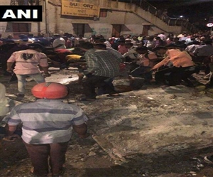 Mumbai Bridge Collapse:CSMT ਨੇੜੇ ਫੁੱਟਓਵਰ ਬ੍ਰਿਜ ਡਿੱਗਣ ਨਾਲ ਹਾਦਸਾ, 5 ਮੌਤਾਂ, 34 ਜ਼ਖ਼ਮੀ