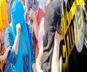 Raid In Ludhiana : ਜਿਸਮਫਰੋਸ਼ੀ ਦੇ ਅੱਡੇ 'ਤੇ ਪੁਲਿਸ ਨੇ ਕੀਤੀ ਛਾਪਾਮਾਰੀ , ਔਰਤਾਂ ਸਣੇ ਛੇ ਗ੍ਰਿਫ਼ਤਾਰ