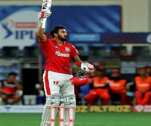 This batsman is the run machine of IPL one of the top batsmen for three consecutive years