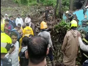 Heavy rain in Mumbai: ਭਾਰੀ ਬਾਰਿਸ਼ ਦੇ ਕਾਰਨ ਮੁੰਬਈ 'ਚ 3 ਵੱਡੇ ਹਾਦਸੇ,  23 ਲੋਕਾਂ ਦੀ ਮੌਤ