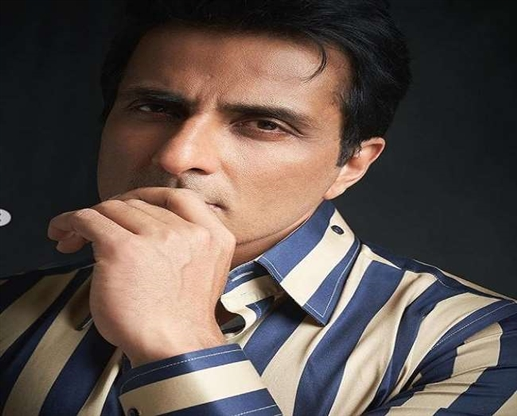 Sonu Sood Raid Updates Actor accused of tax evasion of Rs 20 crore this news also came from NGO