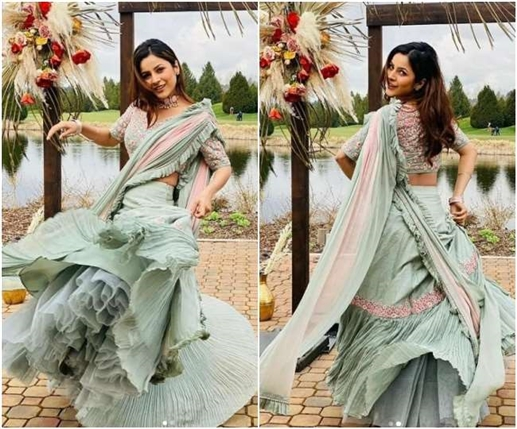 The charming style of Shahnaz Gill seen in these pictures the smiles the smiles the prayers of the fans