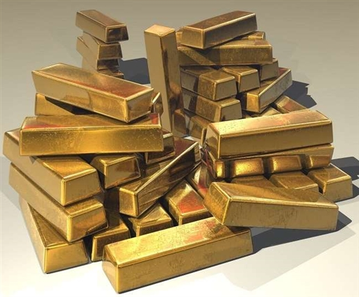 Business News Gold price today gold rate spurts in futures market silver price dips know the latest price