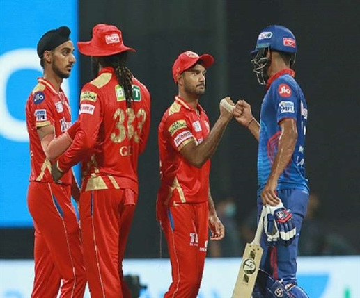 IPL 2021 Nehra beats up coach captain over Punjab s defeat