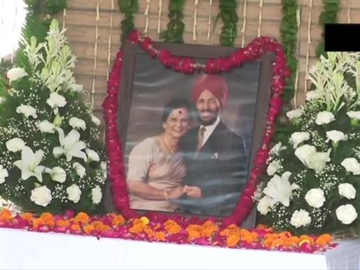 Milkha Singh left the world only 5 days after the death of his wife Nirmal Kaur this is the love story of both | ਮਿਲਖਾ ਸਿੰਘ ਨੇ ਪਤਨੀ ਦੇ ਦੇਹਾਂਤ ਦੇ 5 ਦਿਨਾਂ ਬਾਅਦ ਹੀ ਛੱਡ ਦਿੱਤਾ ਜਹਾਨ