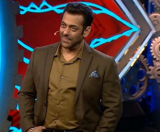 Bigg Boss 15: The wait for Bigg Boss is over, this day Salman Khan will bring Season 15, know the date and time | ਇਸ ਦਿਨ ਸਲਮਾਨ ਖ਼ਾਨ ਲੈ ਕੇ ਆਉਣਗੇ ਸੀਜ਼ਮ 15, ਜਾਣੋ ਤਰੀਕ ਤੇ ਸਮਾਂ