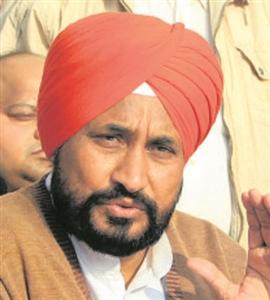 Punjab New CM : ਚਰਨਜੀਤ ਚੰਨੀ ਦਾ ਕੌਂਸਲਰ ਤੋਂ CM ਤਕ ਦਾ ਸਿਆਸੀ ਸਫ਼ਰ ਰਿਹਾ ਸ਼ਾਨਦਾਰ, ਵਿਧਾਨ ਸਭਾ ਦੀ ਪਹਿਲੀ ਚੋਣ ਆਜ਼ਾਦ ਜਿੱਤੀ