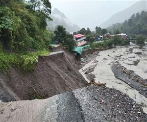 Uttarakhand FLOOD Update : ਨੈਨੀਤਾਲ 'ਚ ਫਟਿਆ ਬੱਦਲ, ਰਾਮਨਗਰ 'ਚ ਮਕਾਨ ਡਿੱਗਣ ਕਾਰਨ 17 ਲੋਕਾਂ ਦੀ ਮੌਤ, ਦੇਖੋ ਕਿਸ ਕਦਰ ਮਚੀ ਤਬਾਹੀ