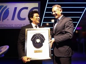 Tendulkar inducted into ICC Hall of Fame : ਤੇਂਦੁਲਕਰ ਨੂੰ ਆਈਸੀਸੀ ਨੇ ਇਸ ਖ਼ਾਸ ਸਨਮਾਨ ਨਾਲ ਨਿਵਾਜਿਆ