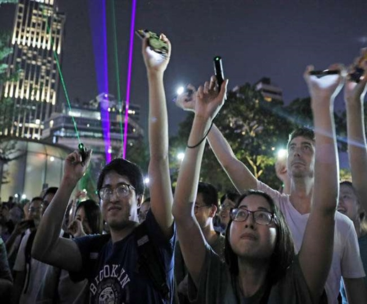 Taiwanese staff to leave Hong Kong under Chinese pressure refuse to follow Beijing policy