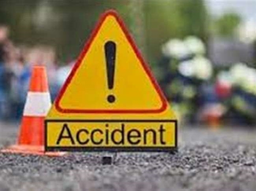 road accident due to heavy fog in luhdiana two young died