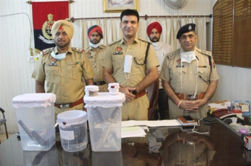 Looted in Punjab and arrest three harianvi lootere