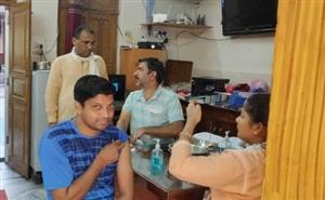 ਜ਼ਿਲ੍ਹੇ 'ਚ ਸੋਮਵਾਰ ਨੂੰ ਕੁਲ 1081 ਲੋਕਾਂ ਨੂੰ ਲੱਗੀ ਵੈਕਸੀਨ