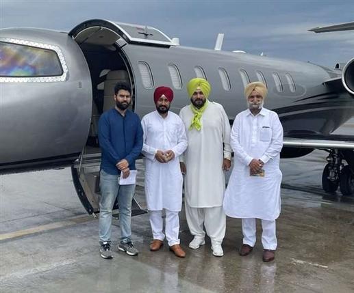 expansion of charanjit singh channi cabinet will happen soon Punjab Cm and deputy CM will visit delhi |  ਜਲਦ ਹੋਵੇਗਾ ਚਰਨਜੀਤ ਸਿੰਘ ਚੰਨੀ ਦੀ ਕੈਬਨਿਟ ਦਾ ਵਿਸਥਾਰ, ਨਵੇਂ ਮੰਤਰੀਆਂ 'ਤੇ ਚਰਚਾ ਲਈ ਦਿੱਲੀ ਜਾਣਗੇ ਸੀਐੱਮ ਚੰਨੀ ਤੇ ਡਿਪਟੀ ਸੀਐੱਮ