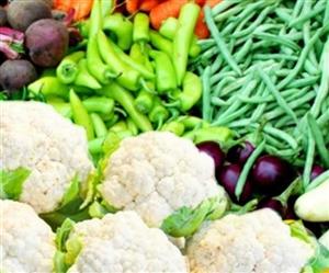 Vegetable Fruit Price : ਪਹਾੜਾਂ 'ਚ ਹੋ ਰਹੀ ਬਾਰਿਸ਼ ਕਰਕੇ ਸਪਲਾਈ ਪ੍ਰਭਾਵਿਤ, ਜਾਣੋ ਕਿੱਥੇ ਵਧੇ ਸਬਜ਼ੀਆਂ ਦੇ ਭਾਅ