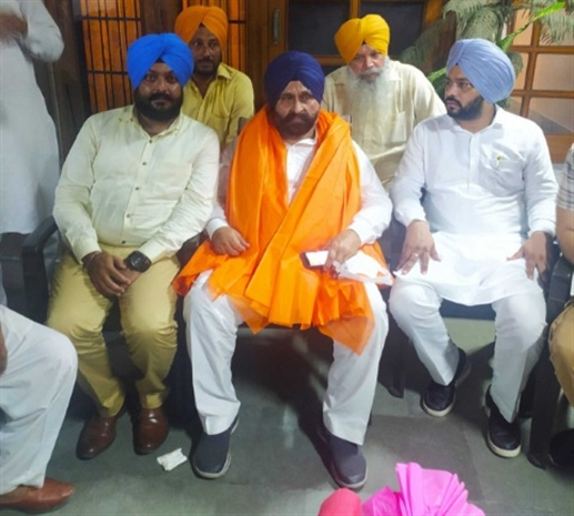 Special honor from Akali leaders on Grewal getting ticket