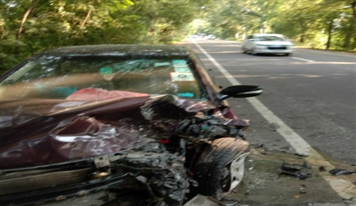 Four people, including a woman, were injured in a collision between two cars