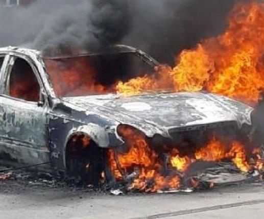 car company ordered to pay 5 lakh compensation after vehicle caughter fire | 14 ਸਾਲ ਪਹਿਲਾਂ ਲੱਗੀ ਕਾਰ 'ਚ ਅੱਗ ਦਾ ਹੋਇਆ ਫ਼ੈਸਲਾ, ਗਾਹਕ ਨੂੰ ਮਿਲਾ 5 ਲੱਖ ਰੁਪਏ ਮੁਆਵਜ਼ਾ, ਜਾਣੋ ਕੀ ਹੈ ਪੂਰਾ ਮਾਮਲਾ