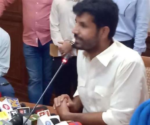 Transport Minister Raja Waring Boy Captain Responsible For Mafia Rule In Punjab Amarinder Singh Remains Compromising