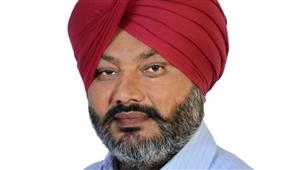 AAP ਆਗੂ ਹਰਪਾਲ ਚੀਮਾ ਨੇ ਕੀਤੀ PC, ਬੋਲੇ- 5 ਮੰਤਰੀਆਂ ਨੇ ਪੰਜਾਬ ਦਾ ਦਾ ਖ਼ਜ਼ਾਨਾ ਲੁੱਟਿਆ