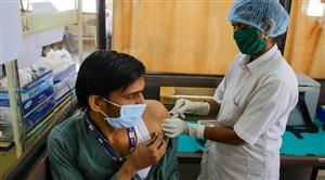 Vaccination in India : ਦੇਸ਼ 'ਚ ਕੋਰੋਨਾ ਦੇ ਵਧਦੇ ਮਾਮਲਿਆਂ ਵਿਚਾਲੇ ਘਟੀ ਟੀਕਾਕਰਨ ਦੀ ਰਫ਼ਤਾਰ