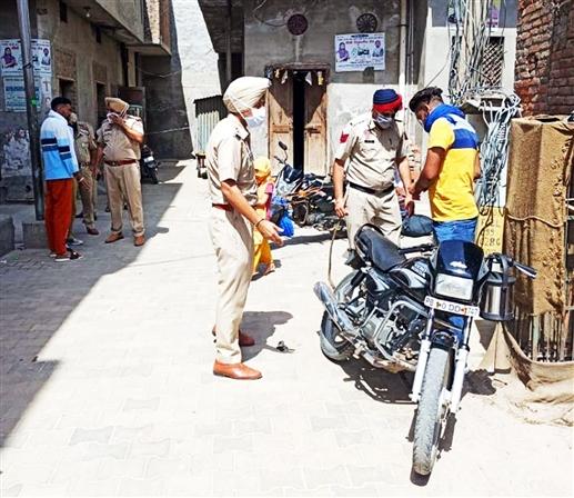 Police Search Operation on sensi basti in barnala